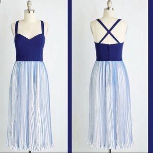 ModCloth Blue White Pleated mini dress women's XL